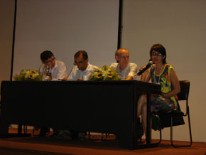 Dra. Eliane Pinto Vieira, Dr. Mario Cabral Ribeiro, Dr. Ariovaldo Ribeiro Filho (From right to left)